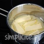 Usuwanie szumowin i osadów czyli klarowanie masła :)