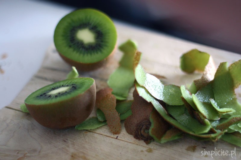 Zielony koktajl owocowo-warzywny z pietruszką