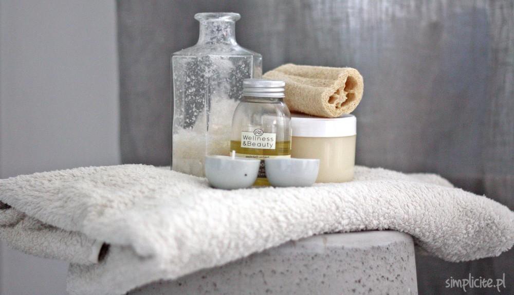 Toaletka Minimalistki. Pielęgnacja ciała