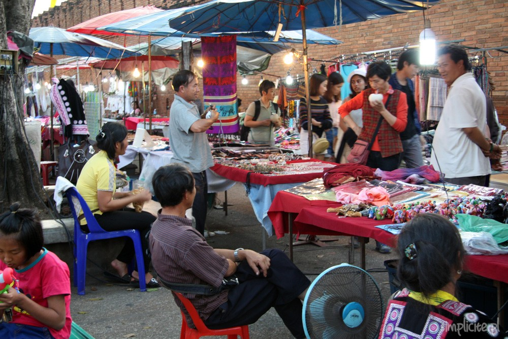 tajlandia-chiang-mai-nocny-bazar-10