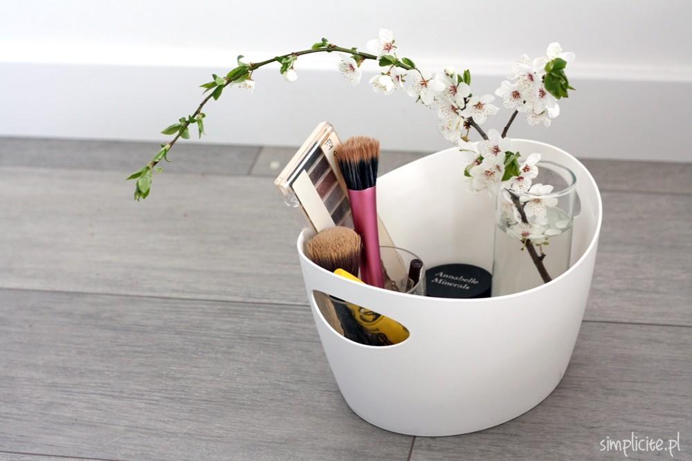 toaletka-minimalistki-wiosna-3