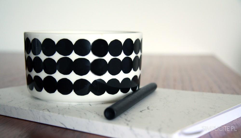 minimalizm-w-biznesie-jak-prowadzic-firme-2