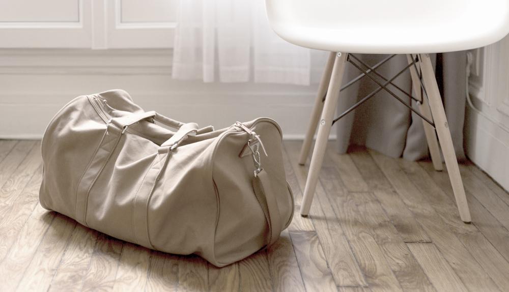 Minimalistka w podróży. 10 sztuczek na zminimalizowanie bagażu i lista moich podróżnych niezbędników