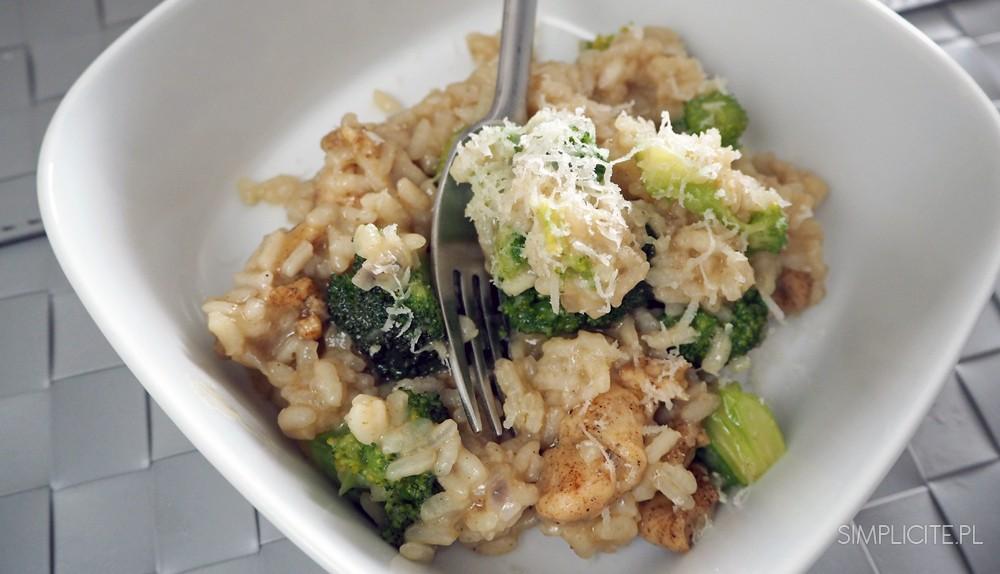 Risotto z kurczakiem i brokułami