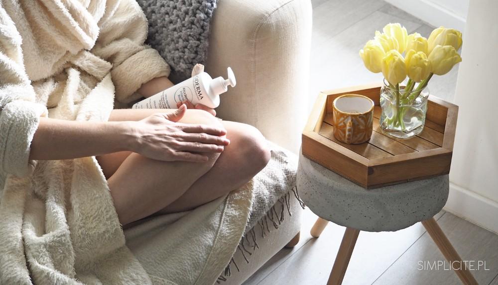 Toaletka Minimalistki. Pielęgnacja ciała (wiosna 2017)